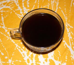 ... och kaffe i sockerkakan.